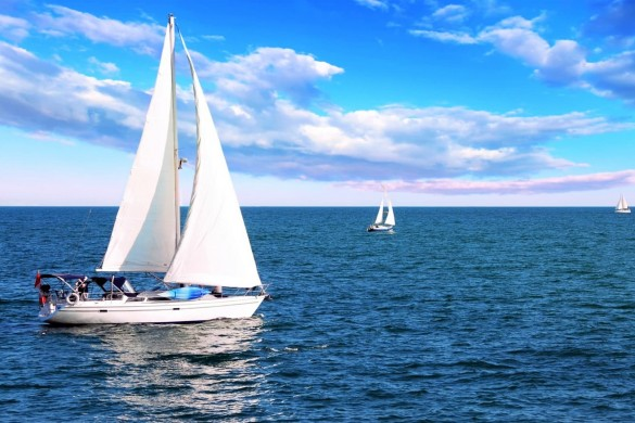 vehicles-sailing-boat-awe-inspiring-wallpaper-96866-142979497817-2_1920x1074-min